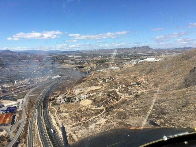 Incendio de cultivos abandonados en Cieza - 1, Foto 1
