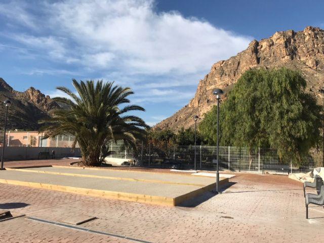 La Comunidad construye un nuevo jardín junto a la piscina municipal de Ojós - 2, Foto 2
