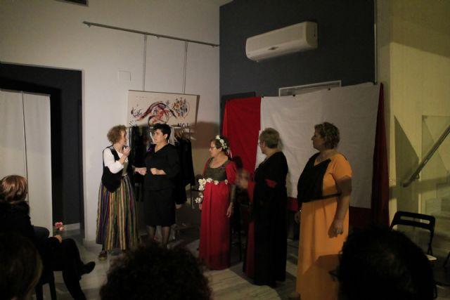 Entregados los premios de los certámenes de dibujo, pintura y escultura además del concurso de relatos hiperbreves con el tema de la violencia de género - 4, Foto 4