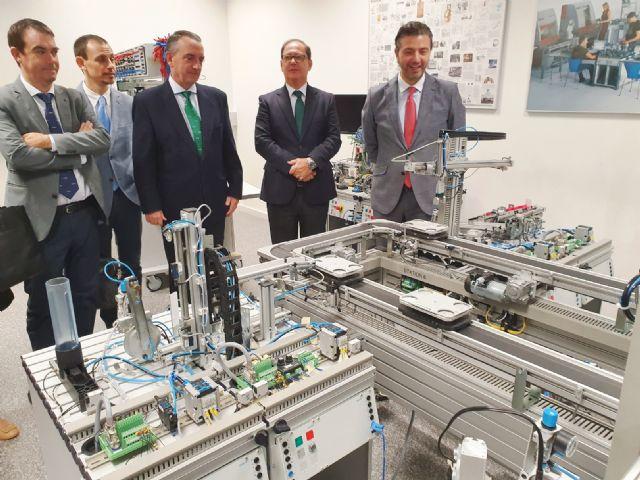 FREMM y Navantia abren la puerta a facilitar la colaboración de las empresas del metal de la Región en proyectos de la constructora naval - 1, Foto 1