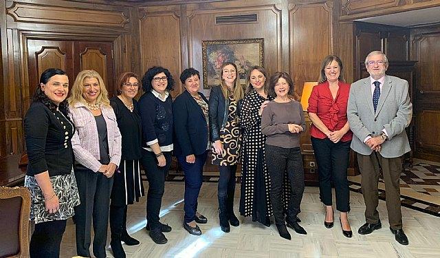 Colabora Mujer presenta sus objetivos 2020 al presidente de la Asamblea Regional y grupos políticos - 1, Foto 1