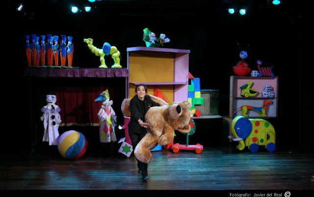 Títeres Etcétera presenta el cuento musical LA CAJA DE LOS JUGUETES el domingo 29 de noviembre en el Teatro Villa de Molina - 1, Foto 1