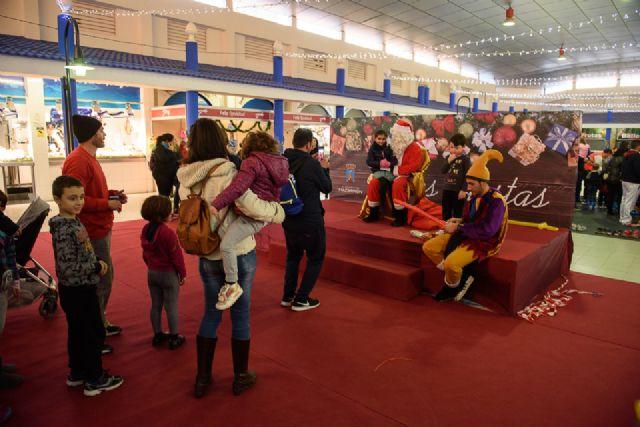 Pista de patinaje en la plaza de abastos de puerto de Mazarrón hasta el 8 de enero, Foto 3