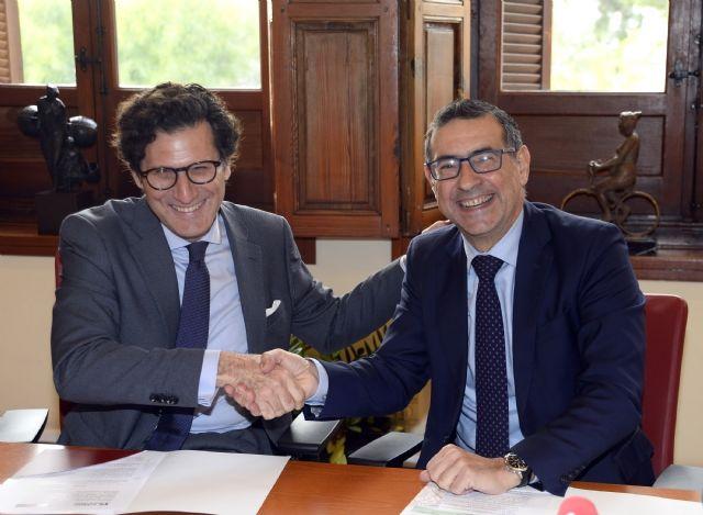 La Universidad de Murcia y el TSJ firman un convenio para colaborar en investigación y transferencia de conocimiento en RSC - 1, Foto 1