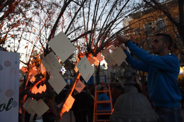 Farolillos Solidarios iluminan el cielo de Calasparra - 4, Foto 4