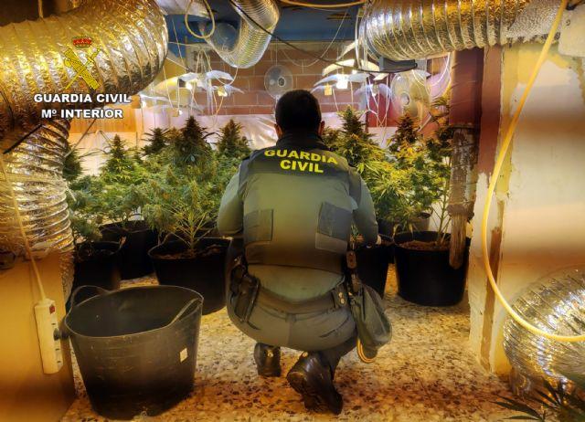 La Guardia Civil desmantela en San Javier un grupo delictivo dedicado al tráfico de droga - 3, Foto 3