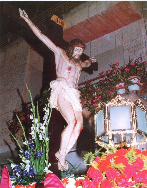 Coral Discantus canta en la misa del 50 aniversario de la Cofradía del Cristo del Remedio de Puente Tocinos - 1, Foto 1