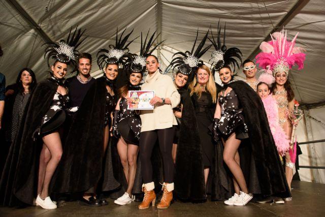 Salsalá obtiene el primer premio en el desfile de carnaval de peñas locales, Foto 4