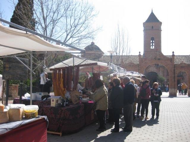 Este domingo se celebró el Mercadillo Artesano de La Santa
