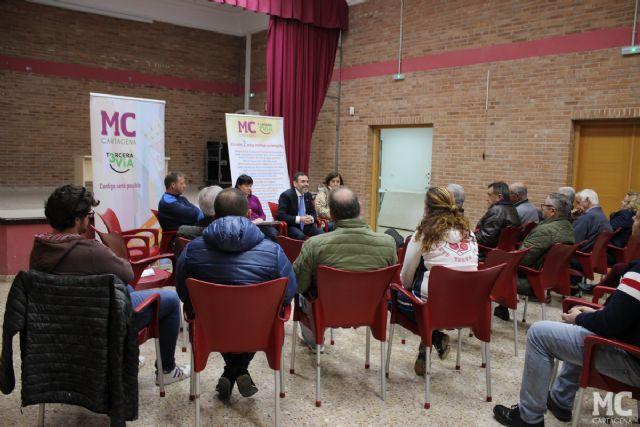 MC: Los vecinos achacan al Gobierno de Castejón el mal estado de la carretera de El Albujón y el caos provocado por su deficiente planificación - 2, Foto 2