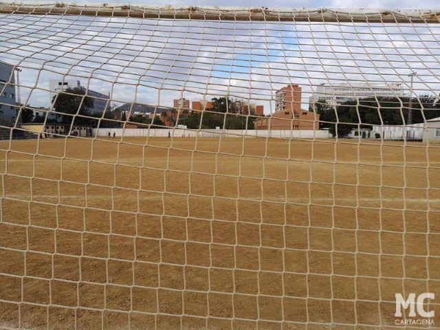 Ricardo Segado celebra que el buen hacer de MC propicie la reversión de la titularidad del campo de fútbol Mundial 82 - 2, Foto 2
