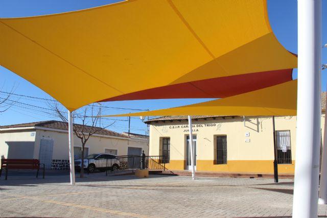 Instalado sombraje en la Plaza de las Escuelas de Cañada del Trigo - 1, Foto 1
