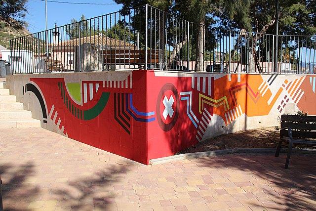 Un nuevo mural decora las paredes del jardín de Nochebuena - 2, Foto 2