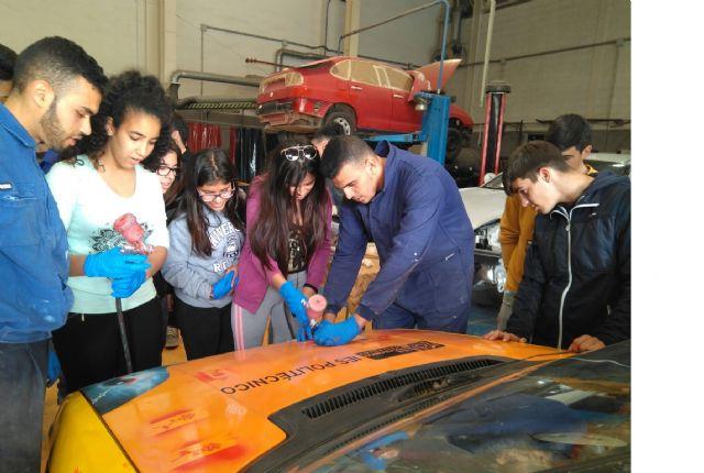 Más de 200 alumnos participan en el programa de orientación laboral de desarrollo local - 2, Foto 2