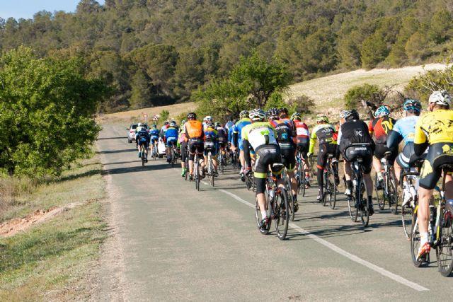La marcha ciclista La Mobel Sierra Espuña congrega a 400 ciclistas en su segunda edicion, Foto 4