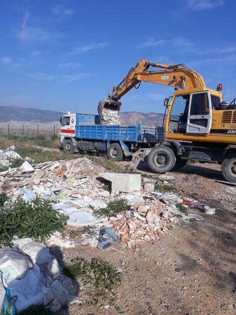 Medio Ambiente advierte de los riesgos de arrojar basuras a las ramblas, Foto 3