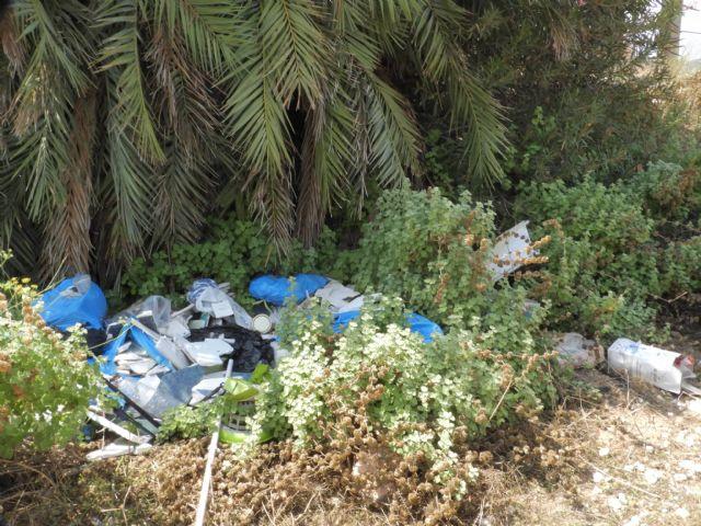 Medio Ambiente advierte de los riesgos de arrojar basuras a las ramblas, Foto 5