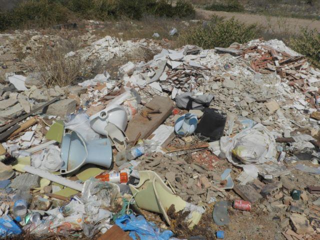 Medio Ambiente advierte de los riesgos de arrojar basuras a las ramblas, Foto 9