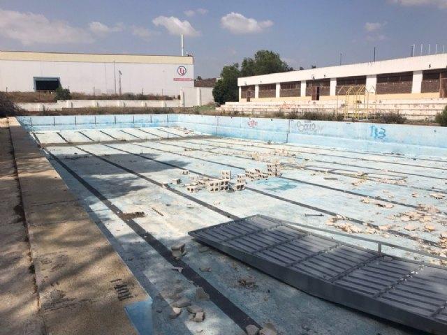 Podemos Alcantarilla reabrirá la piscina municipal durante la próxima legislatura - 1, Foto 1