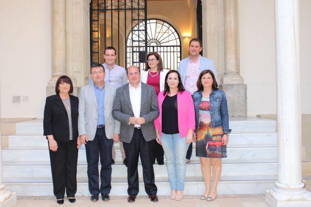 Concejales del PP de Alhama realizaron una visita al Palacio de San Esteban, Foto 1