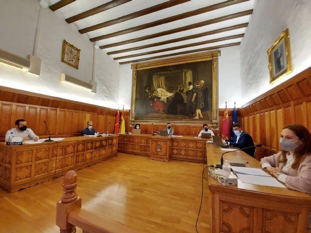 El Ayuntamiento de Caravaca cumple con el acuerdo alcanzado con el Ministerio Hacienda y cierra el ejercicio presupuestario de 2020 con un resultado favorable de 3.075.385 euros - 1, Foto 1