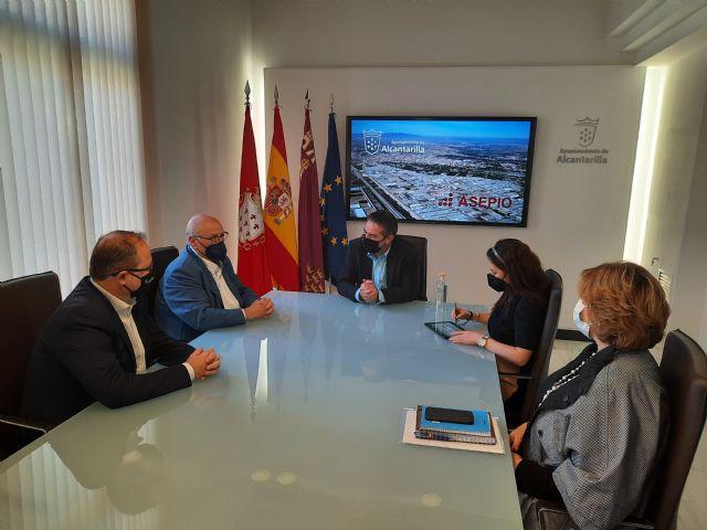 Ayuntamiento y empresarios del Polígono colaboran para mejorar las prestaciones del Parque Industrial Oeste - 1, Foto 1