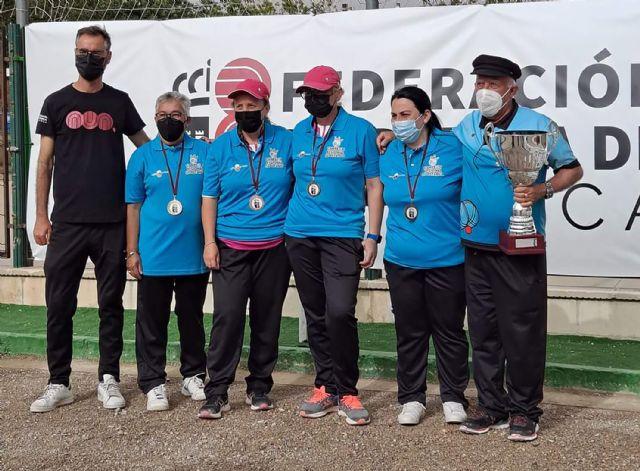 El equipo femenino de tripletas del club torreño La Salceda, campeonas regionales de petanca - 1, Foto 1