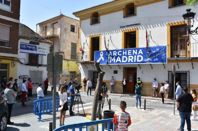 Un centenar de personas se concentran en Archena por las víctimas de la pandemia - 1, Foto 1