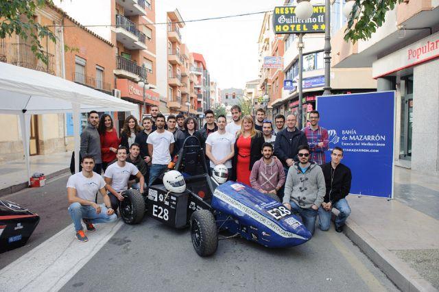 La UPCT acerca a los alumnos de secundaria el desarrollo de prototipos de automóviles de competición - 1, Foto 1