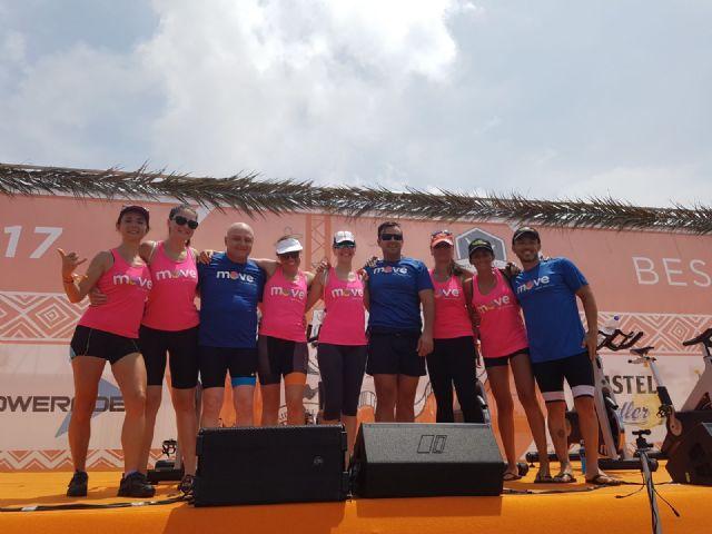 Socios y amigos del centro deportivo Move de Totana participaron en el
