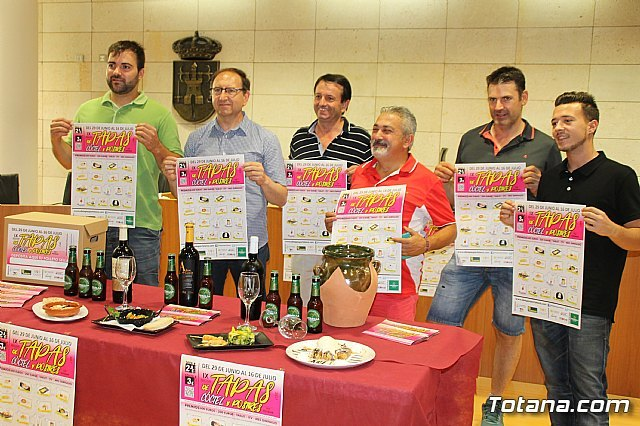 Hoy comienza la IX Ruta de las Tapas, el Cóctel y Postres de Totana, Foto 1