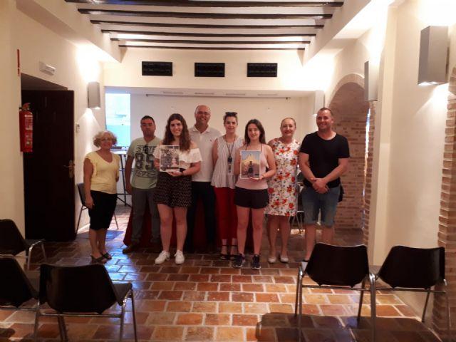 Inés Correia y Mª Jesús Boluda ganan el concurso de portada y contraportada del libro de Fiestas 2018. - 4, Foto 4