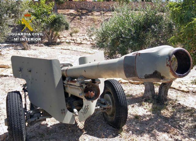 La Guardia Civil se incauta de cuatro cañones de artillería en una finca rústica de Abanilla - 1, Foto 1