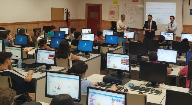 La UCAM y Telefónica forman a los futuros programadores e ingenieros - 1, Foto 1