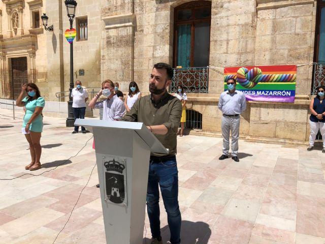 Mazarrón celebra el Día del Orgullo con la lectura del manifiesto en defensa de los derechos LGTBI, Foto 1