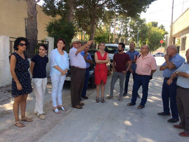La Alcaldesa de Molina de Segura visita el desarrollo de las obras que se ejecutan con cargo a los Presupuestos Participativos 2016 - 2, Foto 2