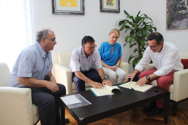 El Ayuntamiento y Cruz Roja renuevan su convenio de colaboración, Foto 1