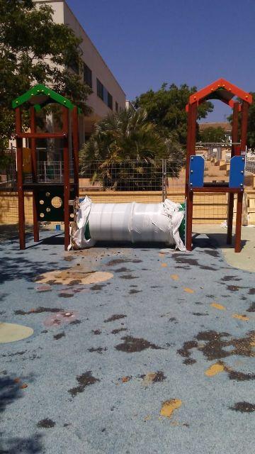 Sustituyen el pavimento de caucho de la zona de juegos infantiles del parque Tierno Galván e incorporan nuevos juegos - 5, Foto 5