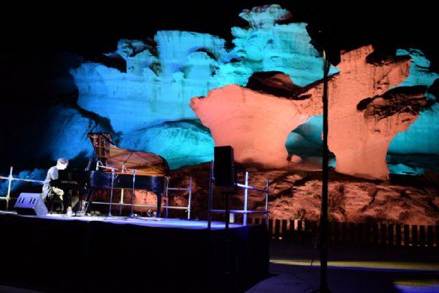 Murani vuelve a llevar a los asistentes al concierto de piano a través de un viaje musical y también histórico - 1, Foto 1