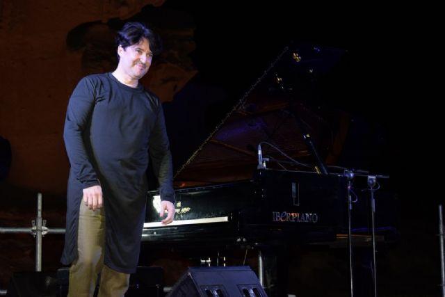 Murani vuelve a llevar a los asistentes al concierto de piano a través de un viaje musical y también histórico - 2, Foto 2