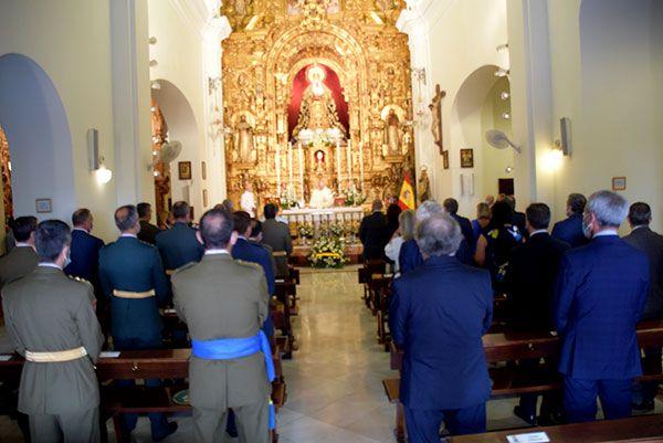 La comandancia naval de Sevilla dedicó una santa misa en honor a su patrona, la Santísima Virgen del Carmen - 5, Foto 5