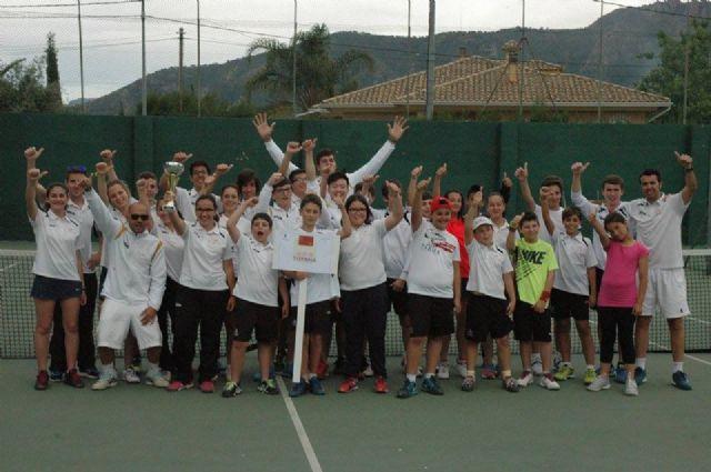 Inicio del curso 2016-17 de la escuela de tenis del club de tenis Totana, Foto 2