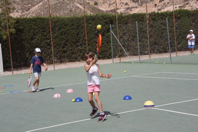 Inicio del curso 2016-17 de la escuela de tenis del club de tenis Totana, Foto 4