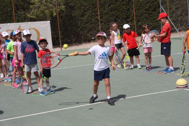 Inicio del curso 2016-17 de la escuela de tenis del club de tenis Totana, Foto 6