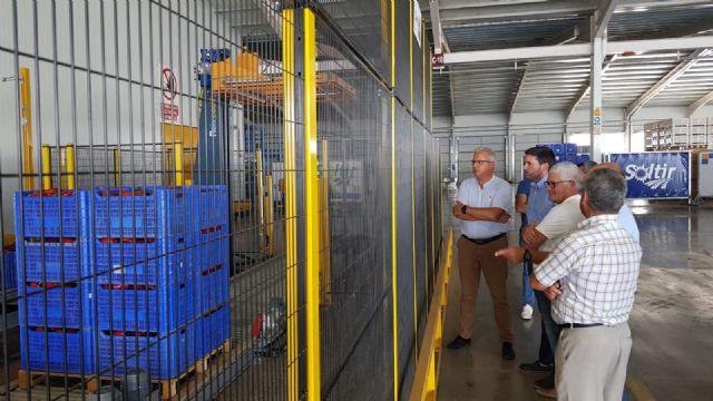 Antonio Luengo visita las instalaciones de la  empresa hortofrutícola Soltir - 1, Foto 1
