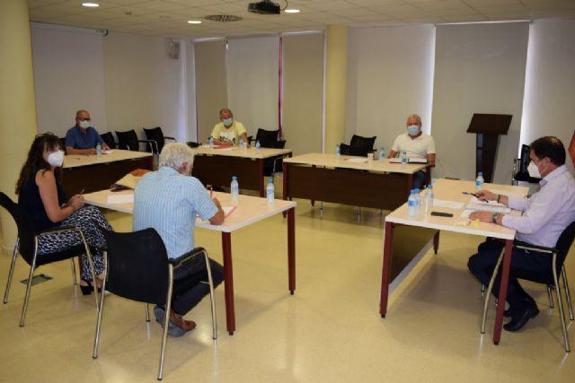Mesa de trabajo para mejorar el transporte y la movilidad en Mazarrón - 1, Foto 1