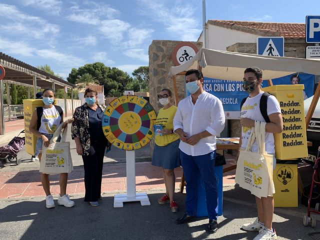 El alcalde José Miguel Luengo anima a seguir incrementando los niveles de reciclaje en el municipio - 1, Foto 1