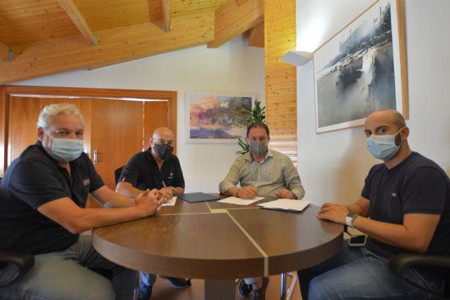 El ayuntamiento mantiene los convenios con los Cabildos de Semana Santa y con la Asociación Fotográfica F20, Foto 2