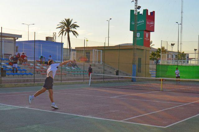 Éxito de participación en la primera edición de las 6 Horas de Tenis de Las Torres de Cotillas - 1, Foto 1