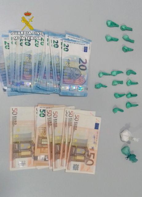 La Guardia Civil desmantela en Pliego un activo punto de venta de droga - 4, Foto 4